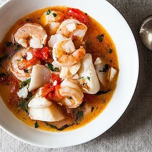 Dad's Favorite Seafood Stew - Lovely Food Blog