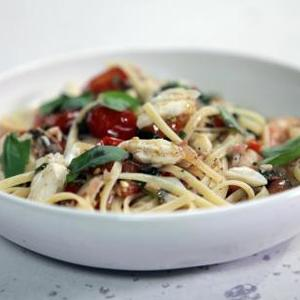 Cherry Tomato Fra Diavolo Sauce, Seafood and Pasta