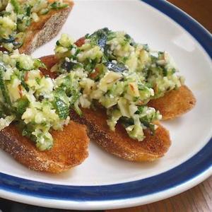 Healthy & Delicious: Zucchini Crostini